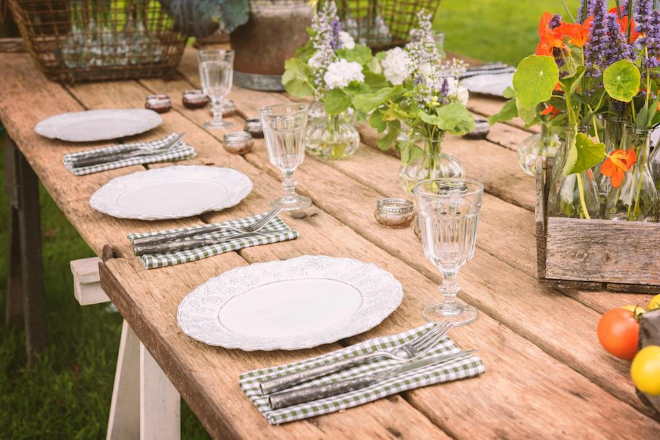 <p>Empty plates: al fresco dining plans may be affected by demand far outstripping supply</p> (Alamy/PA)