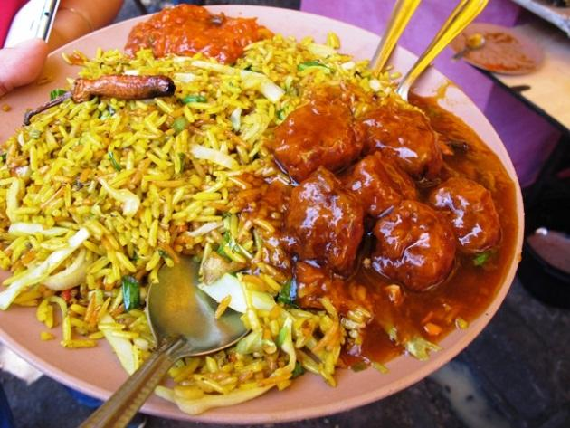 Nasi and Mee Goreng in Mumbai