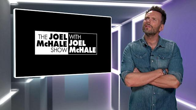 Joel McHale on <em>The Joel McHale Show with Joel McHale.</em> (Photo: Netflix)