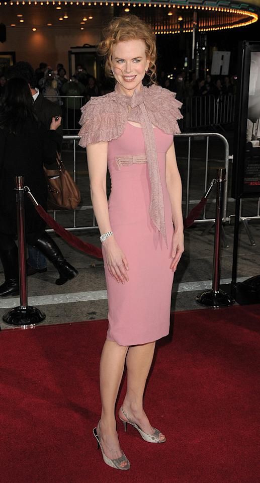 """<a href=""""http://movies.yahoo.com/movie/contributor/1800018939"""">Nicole Kidman</a> at the Los Angeles premiere of <a href=""""http://movies.yahoo.com/movie/1810053986/info"""">Nine</a> - 12/09/2009"""