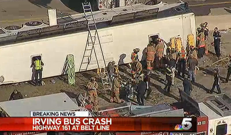 At least 2 killed when bus overturns in Texas
