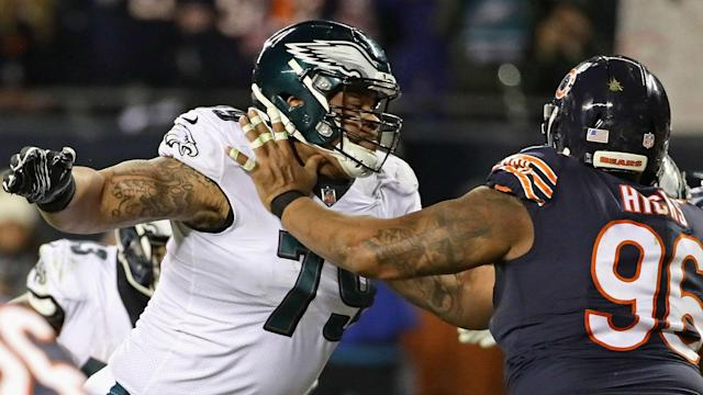Brandon Brooks tried to battle through suffering nausea during the Eagles' loss to the Seahawks, but was unable to continue.