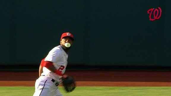 Denard Span blows bubble while catching flyball, brings back memories of Adam Jones
