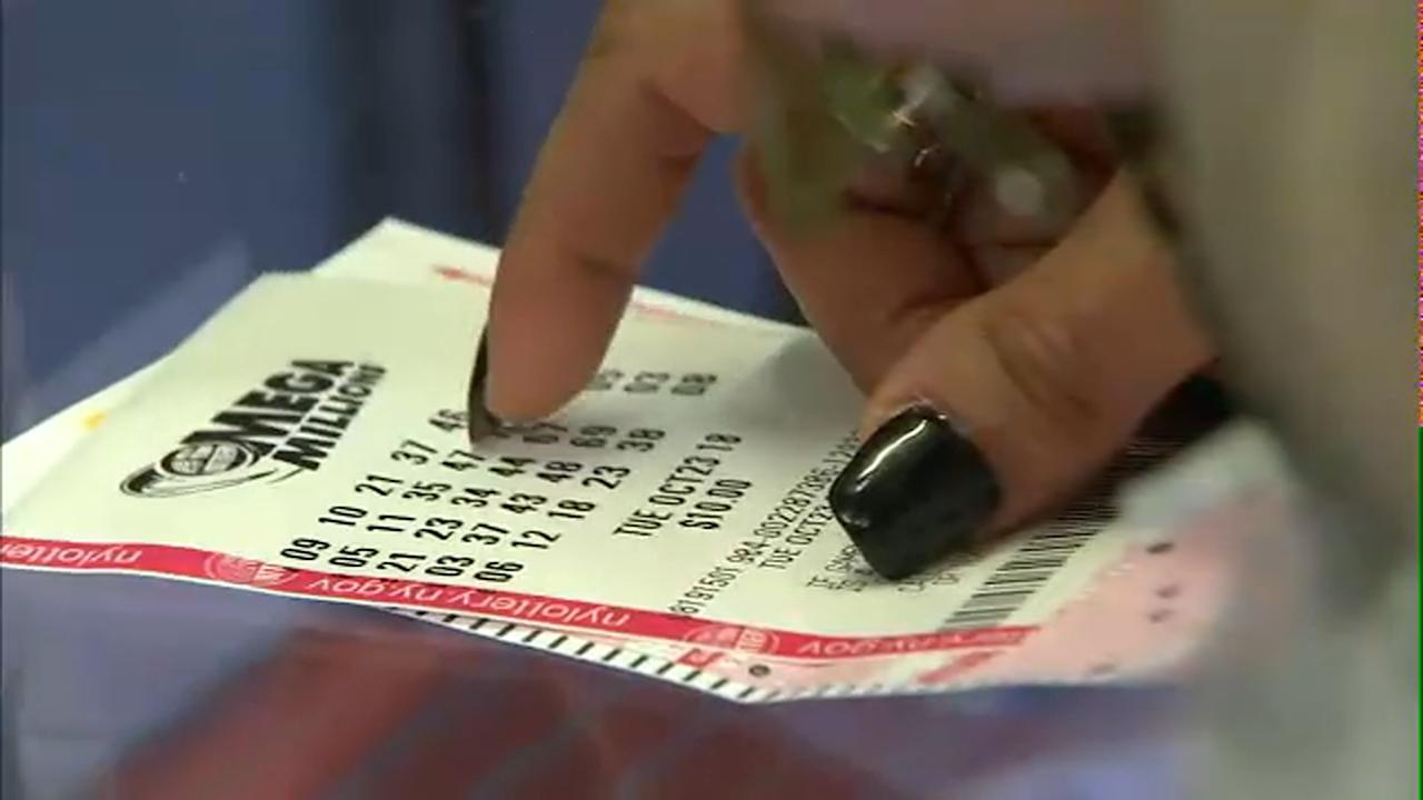 At least one person in South Carolina has matched all the numbers in the record-breaking $1.6 billion Mega Millions drawing. A handful of lucky players in California matched five out of the six numbers, including one sold in San Francisco.