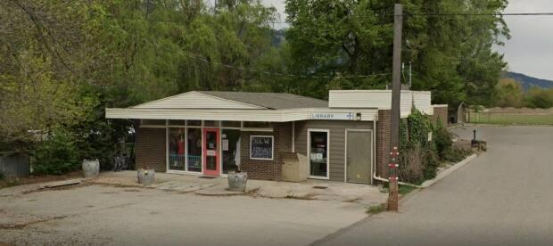 The Okanagan Regional Library branch in Oyama, B.C., will close for good on Oct. 28. (Google Maps - image credit)