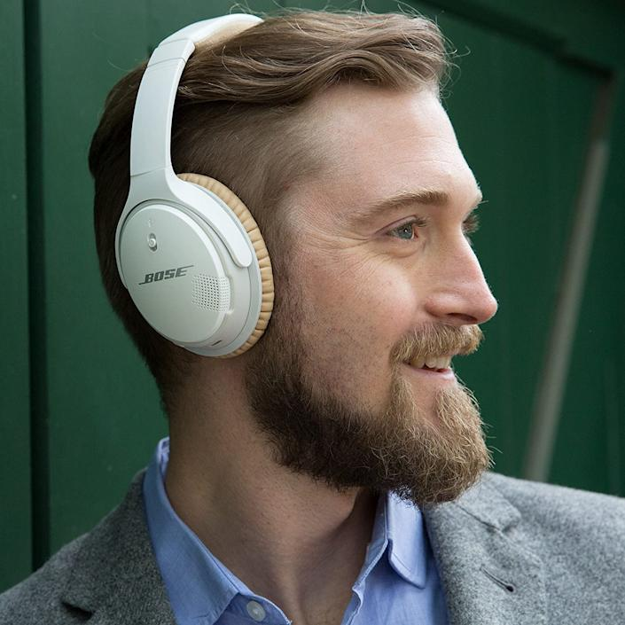 Bose SoundLink Around-Ear Wireless Headphones II - in white. On sale now for under $200. Image via Amazon.