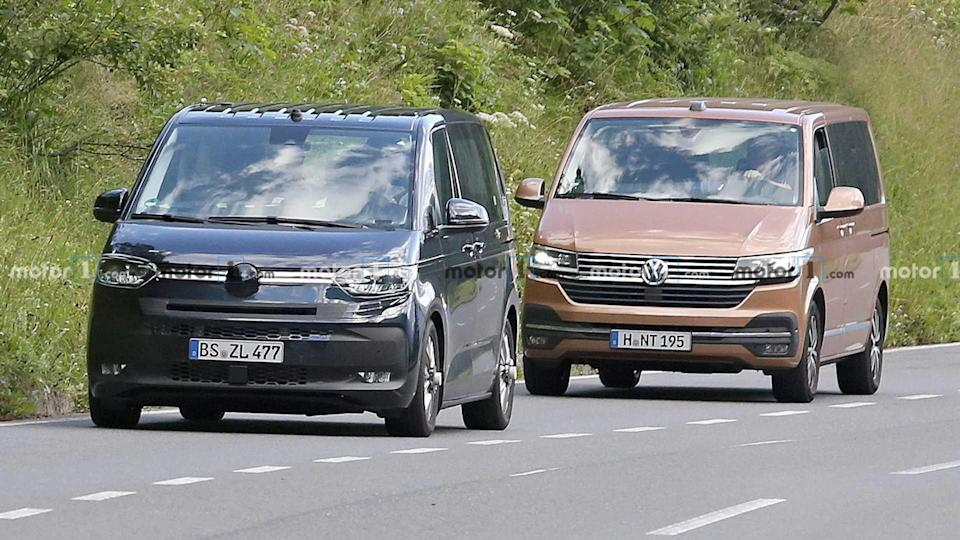 """<p>Here the new <a href=""""https://www.motor1.com/tag/volkswagen-transporter/"""" rel=""""nofollow noopener"""" target=""""_blank"""" data-ylk=""""slk:Volkswagen Transporter T7"""" class=""""link rapid-noclick-resp"""">Volkswagen Transporter T7 </a>poses with the existing model for an easy chance to see the changes. The new front end is much smoother. There's also an additional upright that creates a glass section between the A- and B-pillars, which could mean better visibility.</p> <h3><a href=""""https://www.motor1.com/news/436802/vw-transporter-t7-spied/"""" rel=""""nofollow noopener"""" target=""""_blank"""" data-ylk=""""slk:VW Transporter T7 Spied Almost Camo-Free Testing With Current Model"""" class=""""link rapid-noclick-resp"""">VW Transporter T7 Spied Almost Camo-Free Testing With Current Model</a></h3> <h2>More About The Transporter:</h2><br><a href=""""https://www.motor1.com/news/406416/volkswagen-transporter-turns-70/"""" rel=""""nofollow noopener"""" target=""""_blank"""" data-ylk=""""slk:VW Transporter Turns 70 As The Longest-Surviving Commercial Vehicle"""" class=""""link rapid-noclick-resp"""">VW Transporter Turns 70 As The Longest-Surviving Commercial Vehicle</a><br><a href=""""https://www.motor1.com/news/397540/abt-vw-transporter-body-kit/"""" rel=""""nofollow noopener"""" target=""""_blank"""" data-ylk=""""slk:ABT Tries To Make The VW Transporter More Aerodynamic"""" class=""""link rapid-noclick-resp"""">ABT Tries To Make The VW Transporter More Aerodynamic</a><br>"""