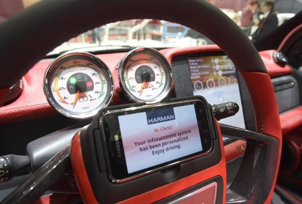 All new cars to be web-connected by 2014