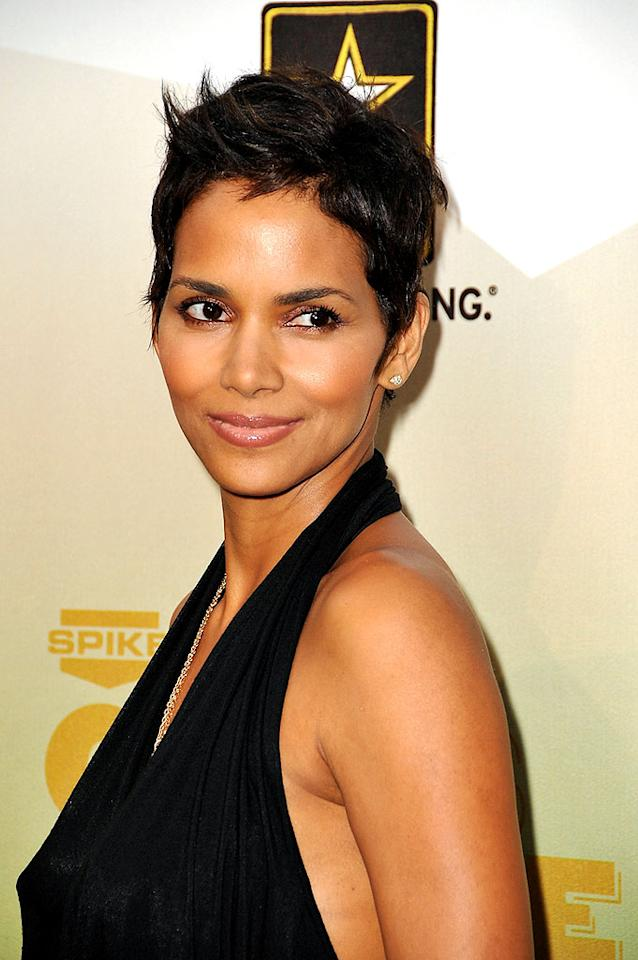 """One of the reasons Halle Berry makes big bucks for her film work ... that gorgeous face of hers. Jordan Strauss/<a href=""""http://www.wireimage.com"""" target=""""new"""">WireImage.com</a> - May 30, 2009"""