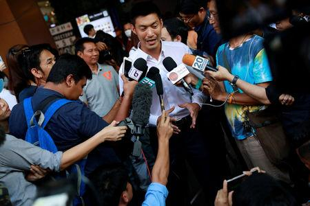 Thanathorn Juangroongruangkit, leader of the Future Forward Party, talks to media during his campaign rally in Bangkok, Thailand, February 20, 2019. REUTERS/Soe Zeya Tun