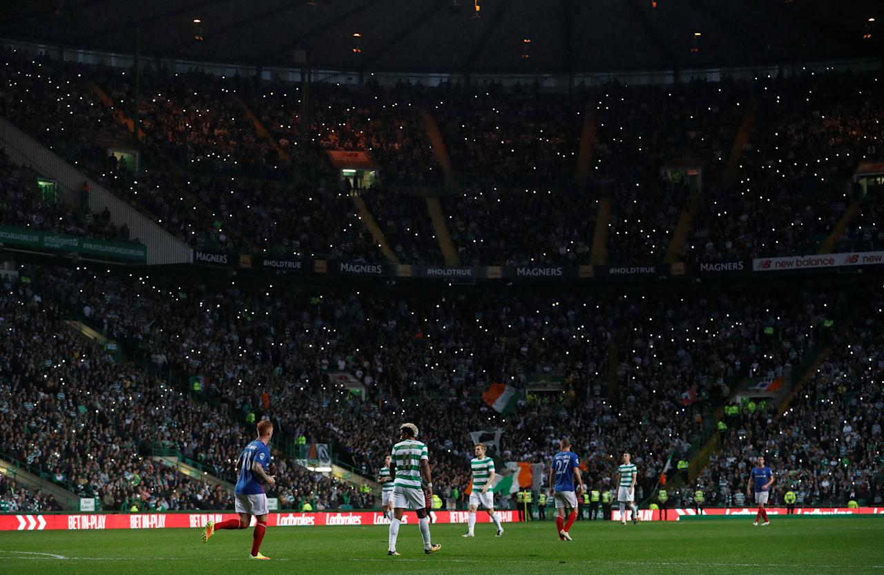Soccer Football - Celtic vs Linfield - UEFA Champions League Second Qualifying Round Second Leg - Glasgow, Britain - July 19, 2017   General view of fans     REUTERS/Russell Cheyne