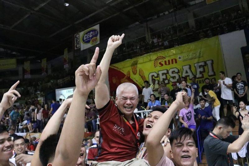 Chot Reyes praises brother after earning first championship in Cesafi