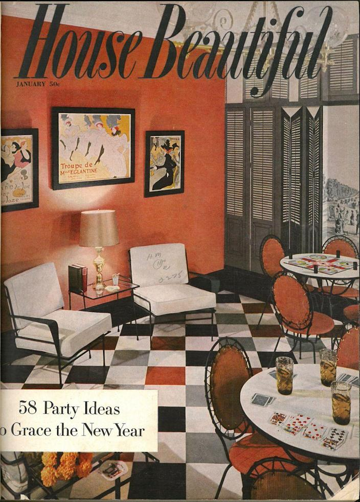 <p>The red and black motifs, the Parisian wall art, and that checkerboard flooring? Talk about stunning.</p>