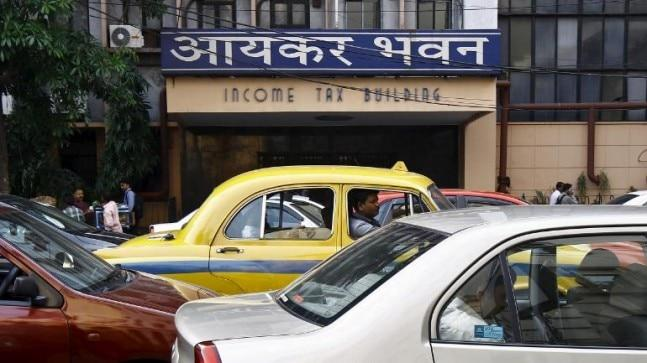 The Income Tax department has withdrawn over Rs 1 core without permission from the bank accounts of two startups called TravelKhana and Babygogo on account of Angel Tax.
