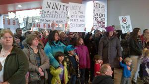 Hundreds gathered at a Sydney mall as part of the Idle No More protest.