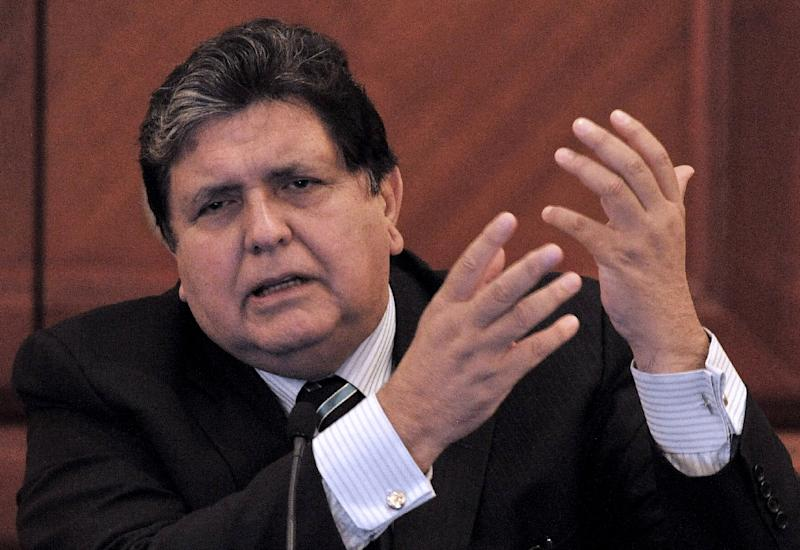 Former Peruvian president Alan Garcia, pictured here May 28, 2010, was resuscitated three times in surgery, before finally succumbing