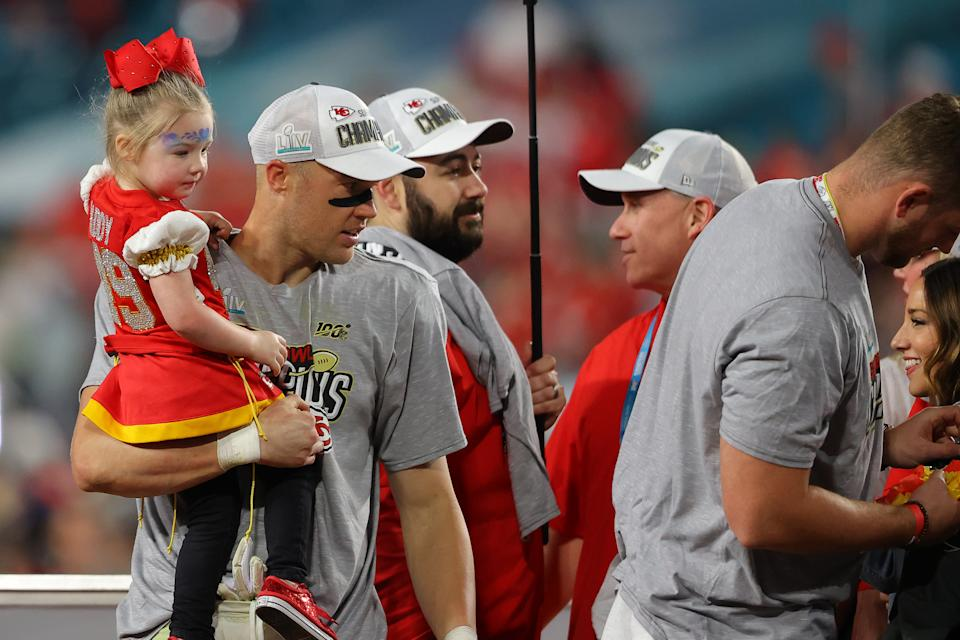 MIAMI, FLORIDA - FEBRUARY 02: Members of the Kansas City Chiefs celebrate after defeating the San Francisco 49ers 31-20 in Super Bowl LIV at Hard Rock Stadium on February 02, 2020 in Miami, Florida. (Photo by Ronald Martinez/Getty Images)