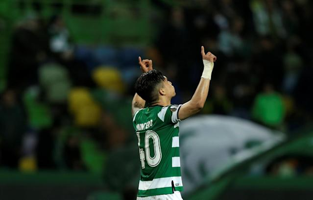Soccer Football - Europa League Round of 16 First Leg - Sporting CP vs Viktoria Plzen - Estadio Jose Alvalade, Lisbon, Portugal - March 8, 2018 Sporting's Fredy Montero celebrates scoring their first goal REUTERS/Rafael Marchante