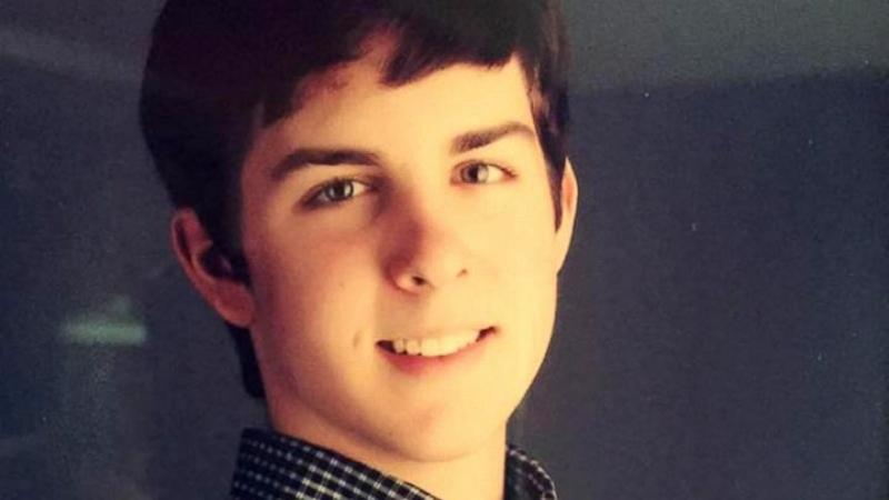 College Student Writes Heartbreaking Note to Family After Failing to Save Son