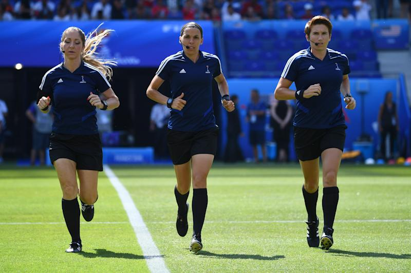 French referee Stephanie Frappart and her assistants Manuela Nicolosi and Michelle O' Neill. (Photo by FRANCK FIFE / AFP) (Photo credit should read FRANCK FIFE/AFP/Getty Images)