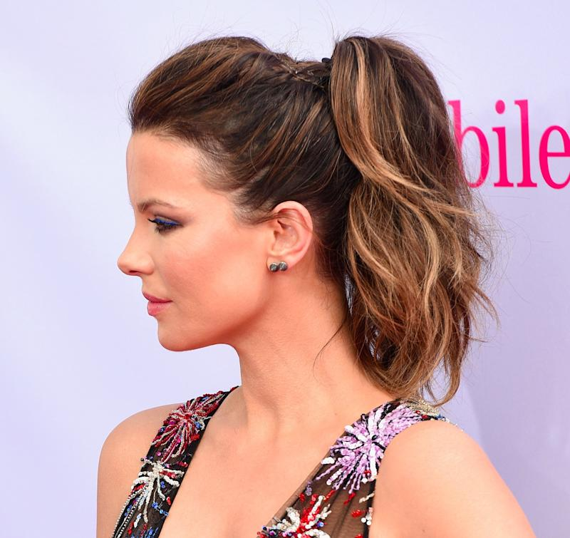 28 hairstyles that are perfect for hot weather if you have long hair no doubt when the temperatures rise youre on the lookout for ways to keep your hair up and off your face and neck in hot weather urmus Image collections