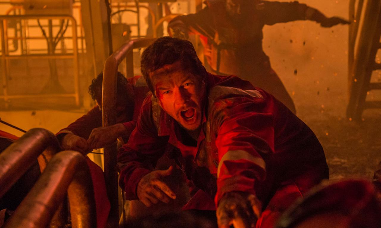 <p><b>Synopsis:</b> On April 20, 2010, the Deepwater Horizon drilling rig explodes in the Gulf of Mexico, igniting a massive fireball that kills several crew members. Chief electronics technician Mike Williams (Mark Wahlberg) and his colleagues find themselves fighting for survival as the heat and the flames become stifling and overwhelming. Banding together, the co-workers must use their wits to make it out alive amid all the chaos. </p>