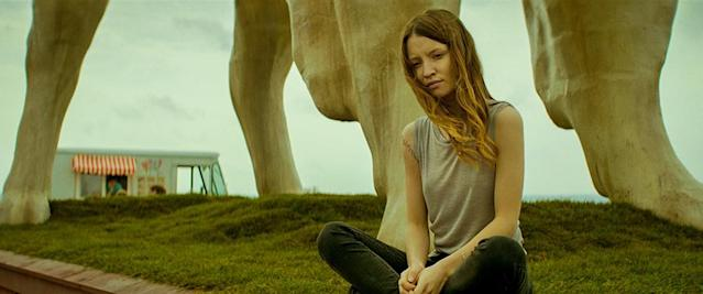 <p>Emily Browning as Laura Moon in Starz's <i>American Gods</i>.<br><br>(Photo: Starz) </p>