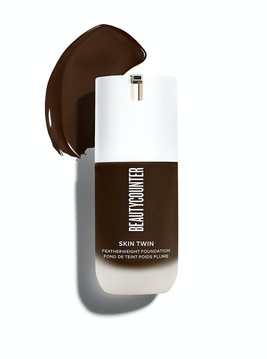 "<p>beautycounter.com</p><p><strong>$45.00</strong></p><p><a href=""https://go.redirectingat.com?id=74968X1596630&url=https%3A%2F%2Fwww.beautycounter.com%2Fproduct%2Fskin-twin-featherweight-foundation&sref=https%3A%2F%2Fwww.cosmopolitan.com%2Fstyle-beauty%2Fbeauty%2Fg33351245%2Fbest-natural-foundations%2F"" rel=""nofollow noopener"" target=""_blank"" data-ylk=""slk:Shop Now"" class=""link rapid-noclick-resp"">Shop Now</a></p><p>This <a href=""https://www.cosmopolitan.com/style-beauty/beauty/g28675508/best-liquid-foundation-makeup/"" rel=""nofollow noopener"" target=""_blank"" data-ylk=""slk:liquid foundation"" class=""link rapid-noclick-resp"">liquid foundation</a> from clean beauty brand Beautycounter <strong>legit feels weightless on skin,</strong> making it the perfect option for anyone who hates the feeling of foundation or heavy makeup on their skin. It's breathable, buildable, and has a little bit of hydrating hyaluronic acid to help immediately plump and smooth your skin.</p>"