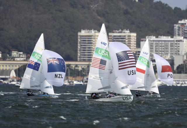 2016 Rio Olympics - Sailing - Final - Women's Two Person Dinghy - 470 - Medal Race - Marina de Gloria - Rio de Janeiro, Brazil - 18/08/2016. Sailors are pictured at the start of the race. REUTERS/Benoit Tessier FOR EDITORIAL USE ONLY. NOT FOR SALE FOR MARKETING OR ADVERTISING CAMPAIGNS.