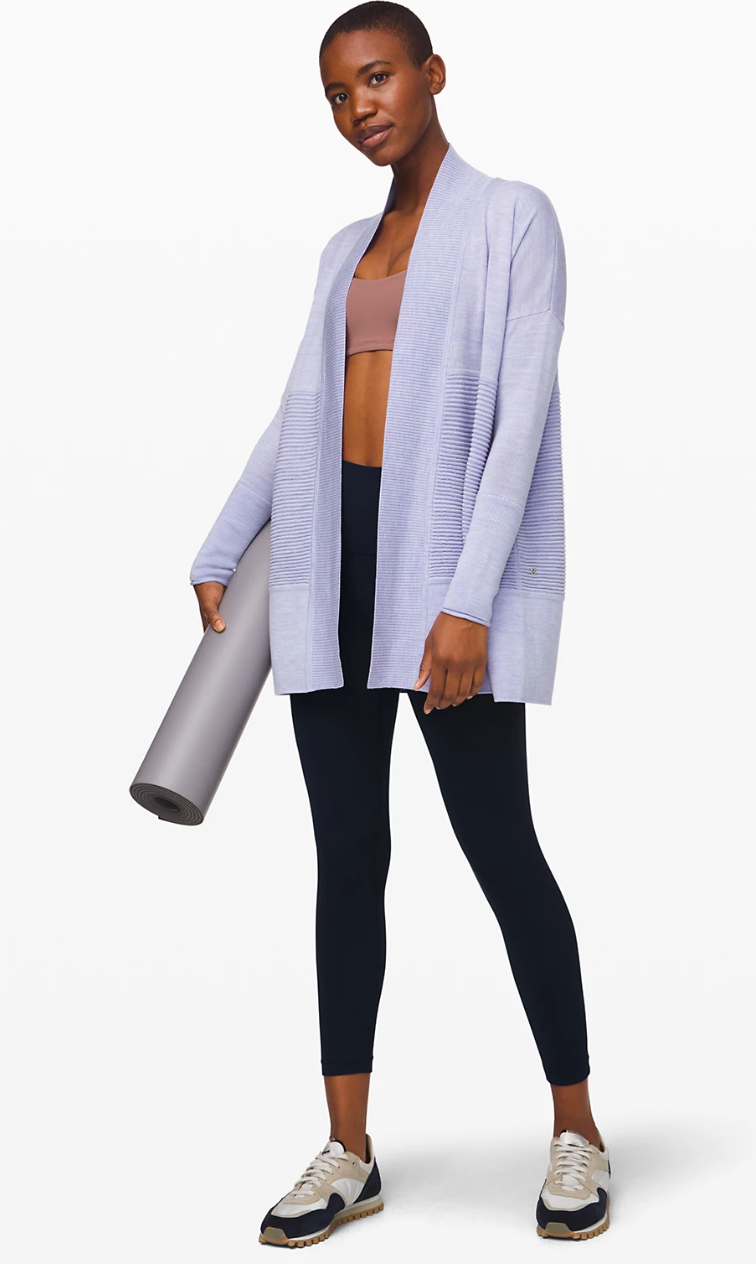 Available in eight colours. Image via Lululemon.