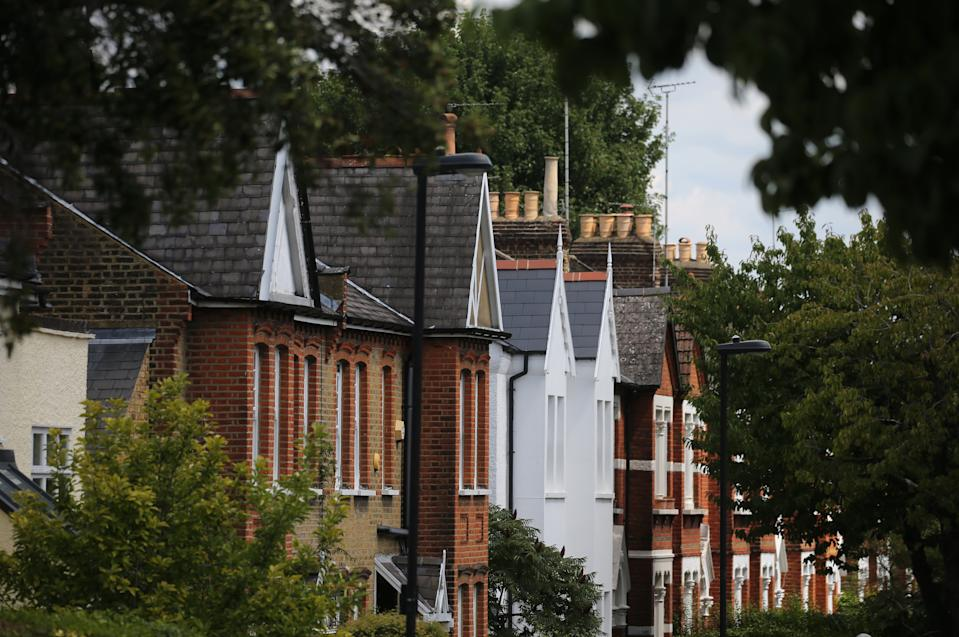 A row of terraced residential houses in north London. (Isabel Infantes/EMPICS Entertainment)
