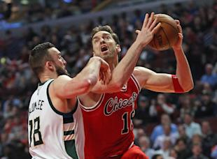 Pau Gasol can still get it done offensively. (Getty Images)
