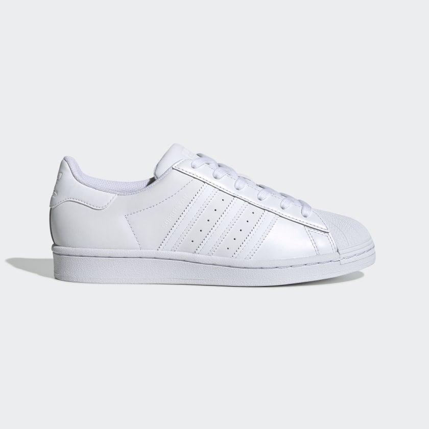 """<p>""""White Adidas are my go-to. For the most classic look, I always go back to these <span>Adidas Superstar Shoes</span> ($85)."""" - Lisa Sugar, president and founder, POPSUGAR</p>"""