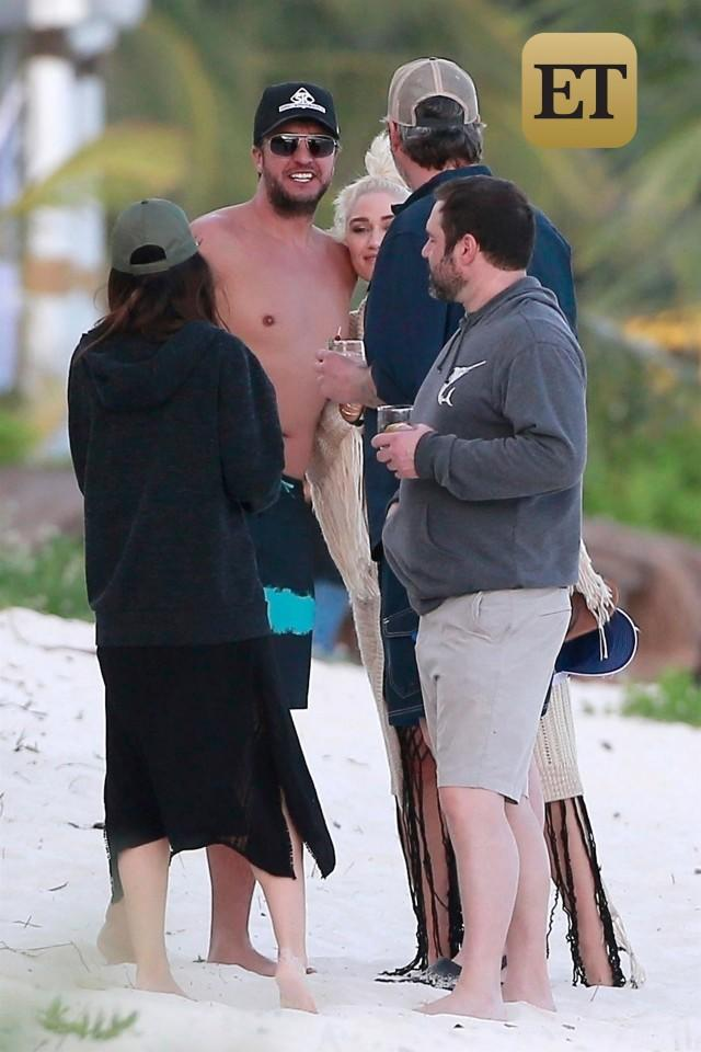 Luke Bryan and Gwen Stefani Mexico