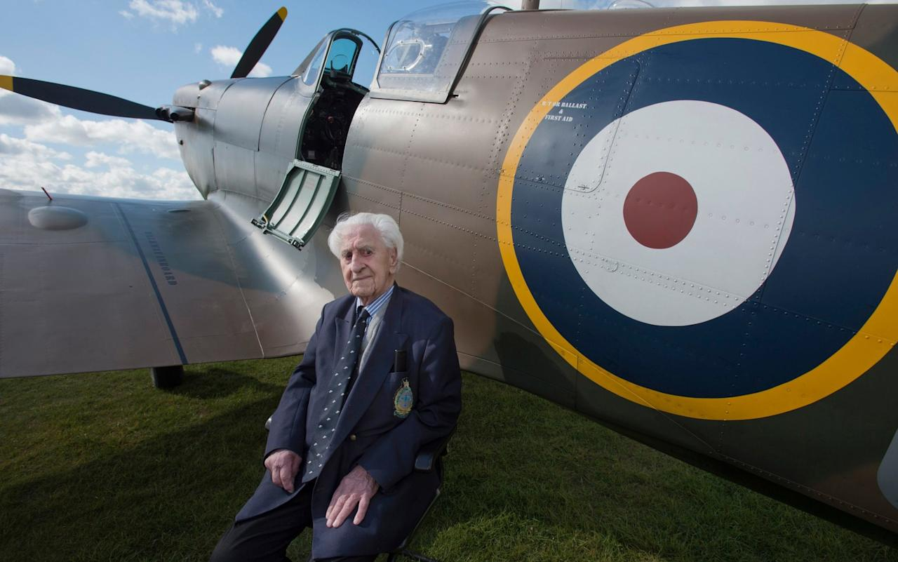 One of last surviving Battle of Britain pilots who told Prince William a 'dirty story' dies aged 99