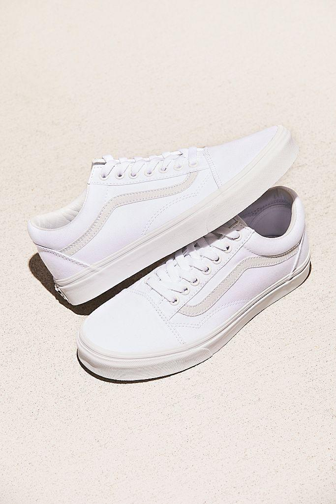 "<p><strong>Vans</strong></p><p>freepeople.com</p><p><strong>$60.00</strong></p><p><a href=""https://go.redirectingat.com?id=74968X1596630&url=https%3A%2F%2Fwww.freepeople.com%2Fshop%2Fua-old-skool-sneaker%2F&sref=https%3A%2F%2Fwww.seventeen.com%2Ffashion%2Ftrends%2Fg32826210%2Fclassic-white-sneakers%2F"" rel=""nofollow noopener"" target=""_blank"" data-ylk=""slk:Shop Now"" class=""link rapid-noclick-resp"">Shop Now</a></p><p>You can never go wrong with a pair of <a href=""https://go.redirectingat.com?id=74968X1596630&url=https%3A%2F%2Fwww.urbanoutfitters.com%2Fshop%2Fvans-old-skool-mono-platform-sneaker&sref=https%3A%2F%2Fwww.seventeen.com%2Ffashion%2Ftrends%2Fg32826210%2Fclassic-white-sneakers%2F"" rel=""nofollow noopener"" target=""_blank"" data-ylk=""slk:Old Skool Vans"" class=""link rapid-noclick-resp"">Old Skool Vans</a> in classic white. And that's all I have to say about that.</p>"