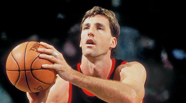 Chris Dudley attended Yale with Supreme Court nominee Brett Kavanaugh and disputes claims of his party boy status.