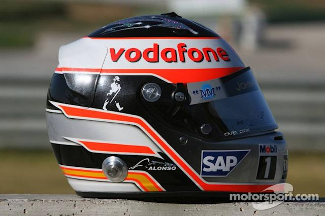 "Casco de Fernando Alonso en 2007 <span class=""copyright"">XPB Images</span>"