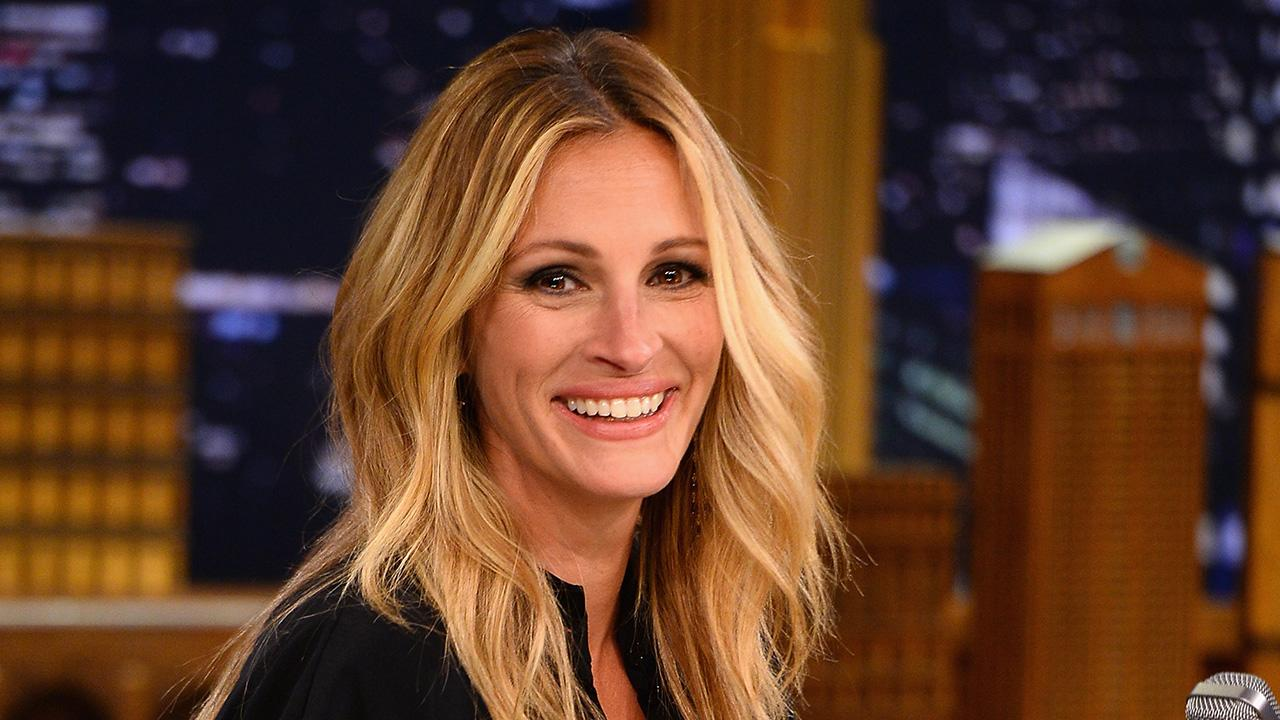 <p>Although it's been a while since the 'Pretty Woman' star had a huge box office hit, she's still raking it in as the face of Lancôme with some big movie deals. </p>
