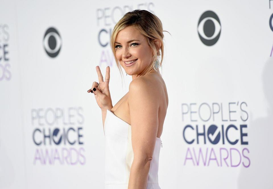 <p>Actress Kate Hudson swears by Pilates to keep her strong and sculpted. A firm fan of classical Pilates, Kate's trainer Nicole Stuart has known the star since she was 19 years old when they started working together. </p>