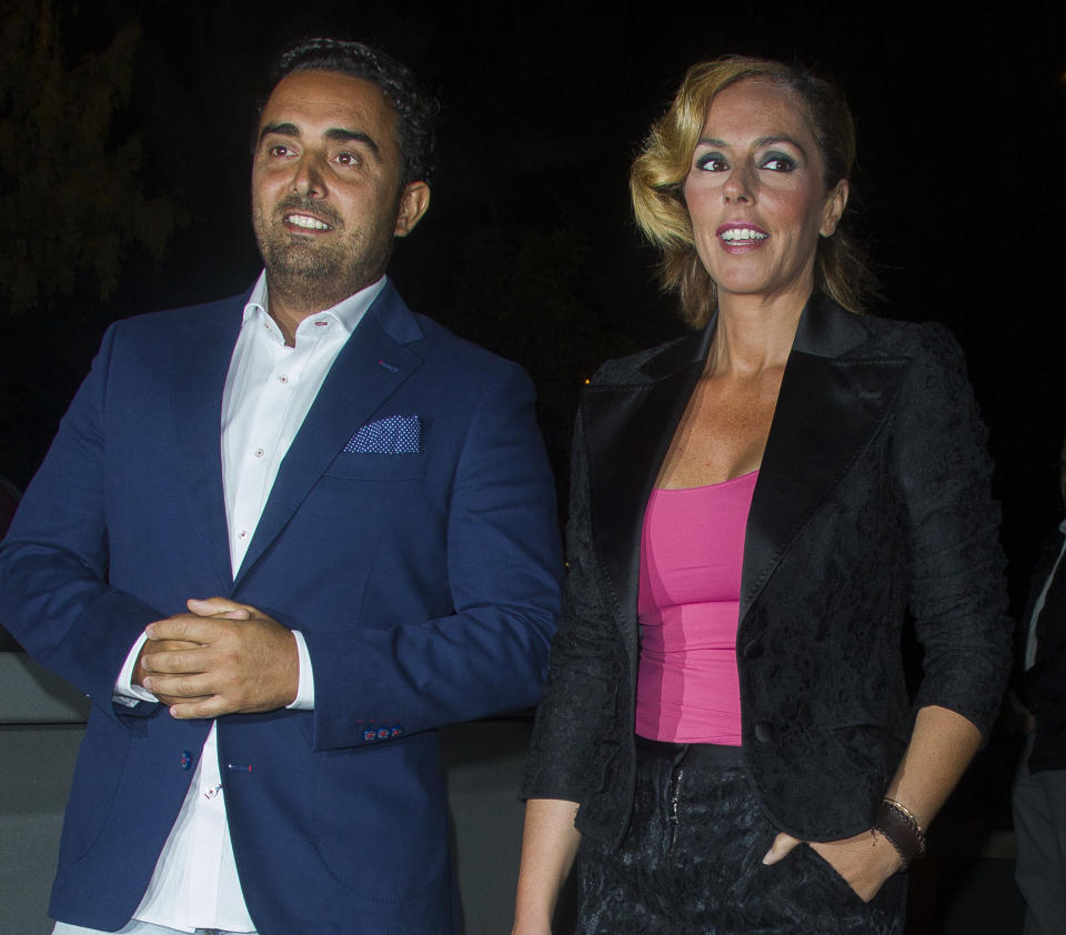 MADRID, SPAIN - SEPTEMBER 23:  Fidel Albiac (L) and Rocio Carrasco attend Terelu's birthday party at Le Boutique on September 23, 2015 in Madrid, Spain.  (Photo by Eduardo Parra/Getty Images)
