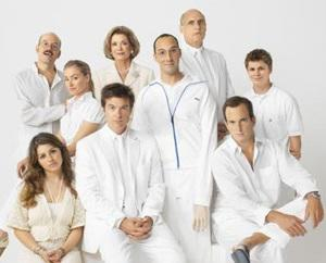 Arrested Development Gets Official Netflix Premiere Date and an Extra Episode