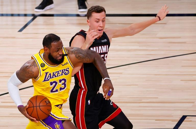 Lakers power past Heat  in NBA Finals opener