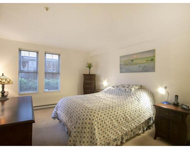 """<p><a href=""""https://www.zoocasa.com/vancouver-bc-real-estate/5228450-6256-ash-street-vancouver-bc-v5z3g9-r2258852"""" rel=""""nofollow noopener"""" target=""""_blank"""" data-ylk=""""slk:6256 Ash St., Vancouver, B.C."""" class=""""link rapid-noclick-resp"""">6256 Ash St., Vancouver, B.C.</a><br> There are two bedrooms in the home.<br> (Photo: Zoocasa) </p>"""
