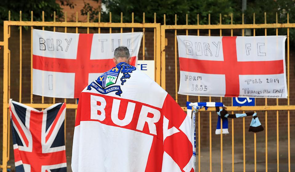 A Bury fan at the gates of Gigg Lane, Bury. C&N Sporting Risk is unable to proceed with the proposed takeover of Bury, the data analytics company has announced. (Photo by Peter Byrne/PA Images via Getty Images)