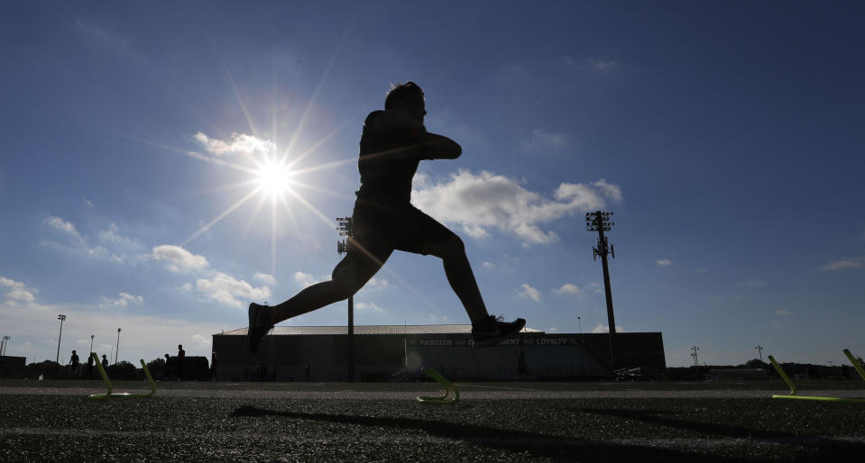If Texas high school football isn't played in the fall, that could be a domino for other states. (AP Photo/LM Otero)