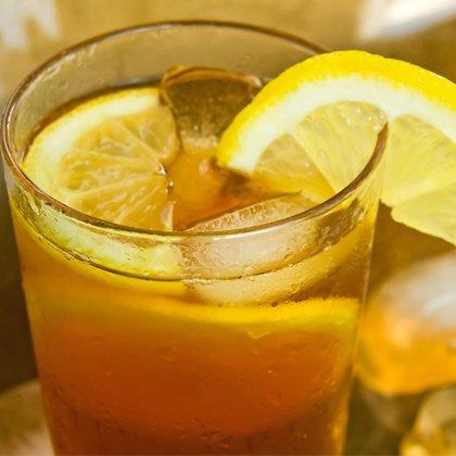 "<p><strong>Serves:</strong> 1</p> <p><strong>Ingredients:</strong><br />2 lemons, juiced<br />1 teaspoon sugar<br />1 cup unsweetened iced tea<br />5 ice cubes</p> <p><strong>Directions:</strong><br />Combine all ingredients in a blender until smooth.</p> <p><strong>Nutrition score per serving:</strong> 51 calories, 0g fat (0g saturated), 15g carbs, 1g protein, 0g fiber</p> <p><em>Recipe provided by <a href=""http://www.drinktradewinds.com/"" target=""_blank"">Tradewinds Tea</a></em></p> <p><strong>RELATED:</strong> <a href=""https://www.shape.com/healthy-eating/healthy-recipes/12-homemade-alternatives-ice-cream-truck"" target=""_self"">12 Alternatives to the Ice Cream Truck</a></p>"