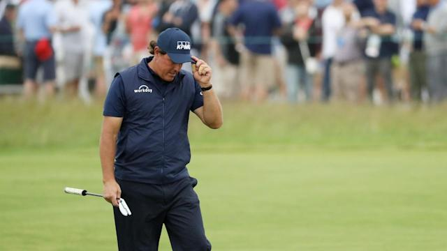 After initially showing no remorse for purposely putting a moving ball at the U.S. Open, Phil Mickelson texted reporters to express remorse for his actions.