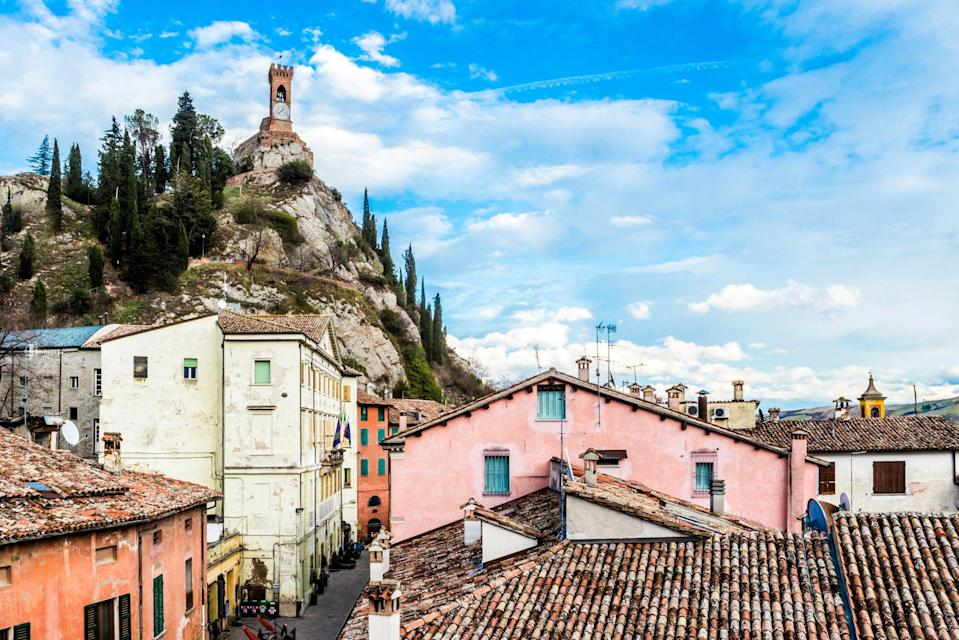 "<strong>Le Vie di Dante, Italy</strong><br><br>This picturesque 245-mile network of trails can only be completed on foot or by bike, so it's named the best sustainable walk.<span class=""copyright"">Photo: Andrea Avanzi / Shutterstock</span>"