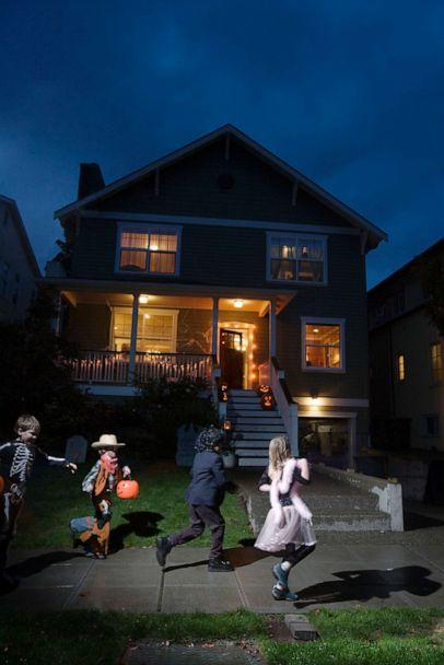 PHOTO: Children are shown trick or treating in this undated file photo. (Spike Mafford/Getty Images, FILE)